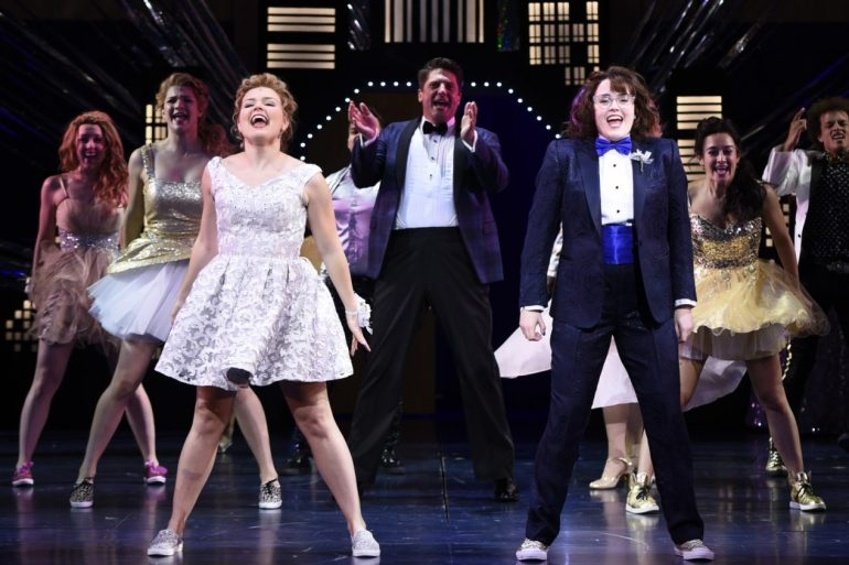 Netflix jumps into musicals with star-studded 'The Prom' | News | LIVING LIFE FEARLESS