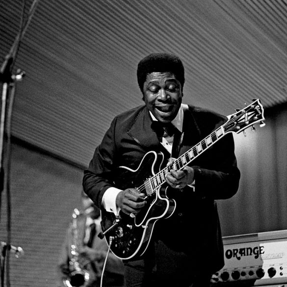 """B.B. King's iconic """"Lucille"""" guitar just sold for $280,000 at auction 