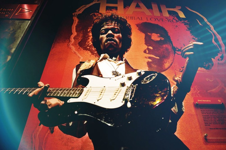 Marking the sad anniversary, a Jimi Hendrix exhibition opens in London | News | LIVING LIFE FEARLESS
