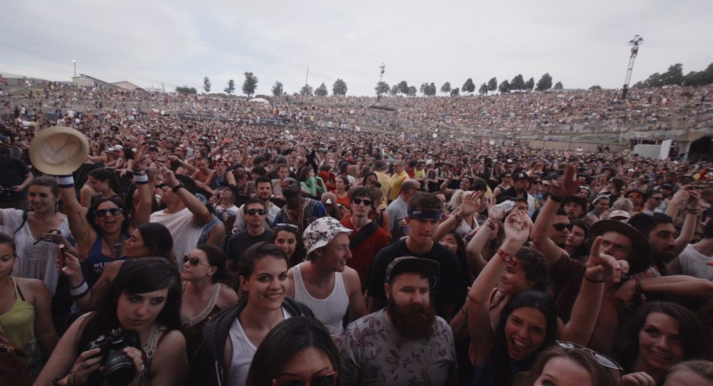 'ENORMOUS': New Documentary Looks At THE GORGE, A Concert Venue Like No Other | Hype | LIVING LIFE FEARLESS