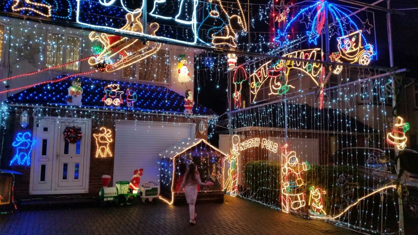 Beech Road, St Albans, Hertfordshire, Christmas, festive house, charity fundraising, go fund me, living life our way