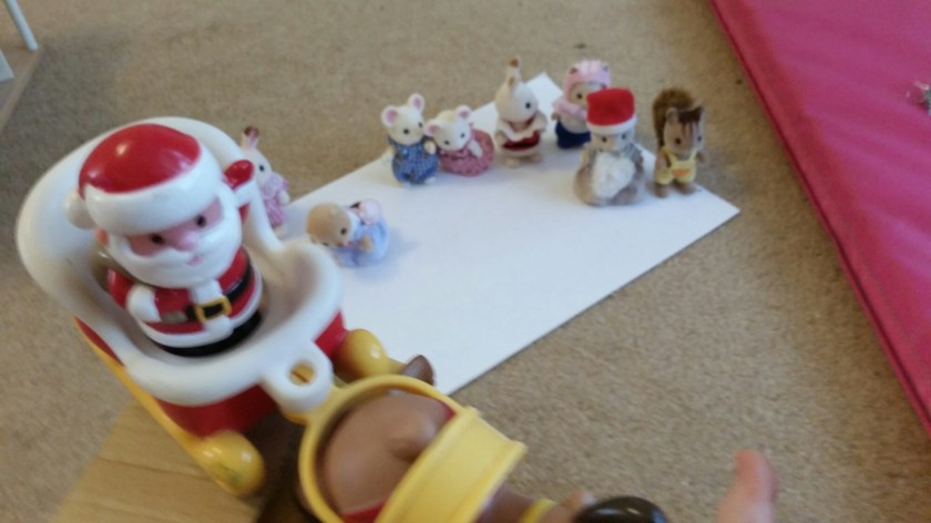 Sylvanian Families, photo captions, Christmas