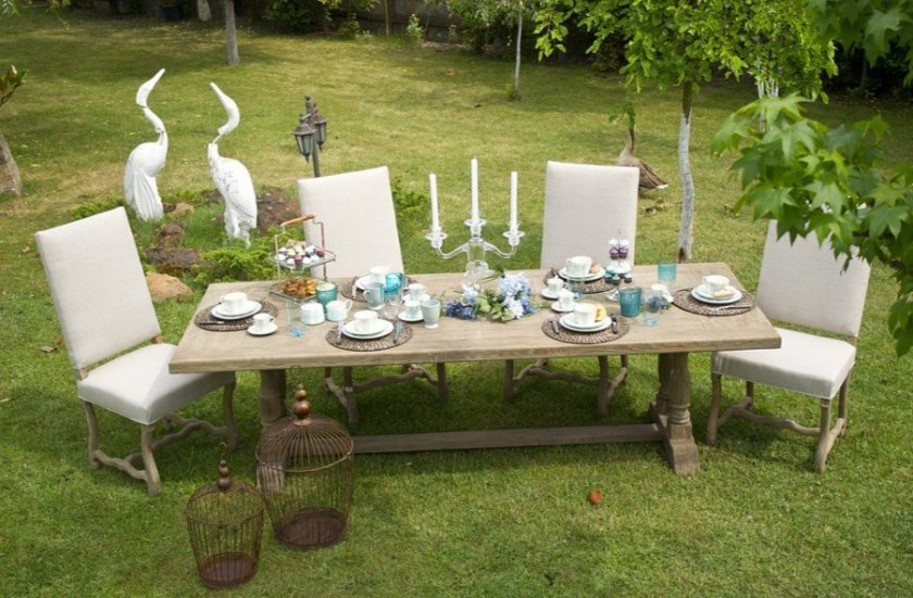A picture of garden furniture and decor.