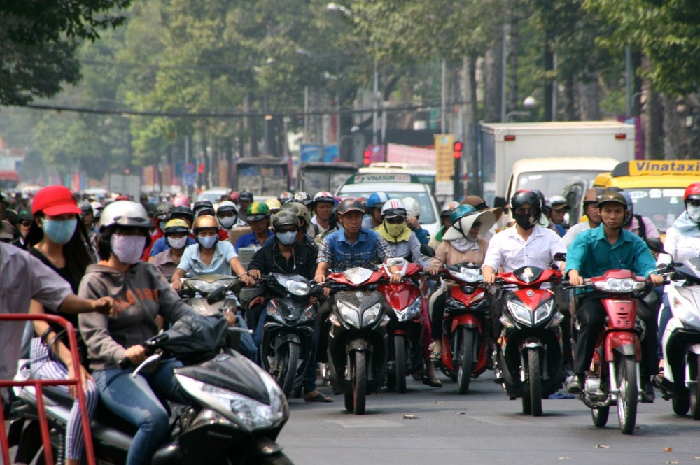 certain road rules in vietnam