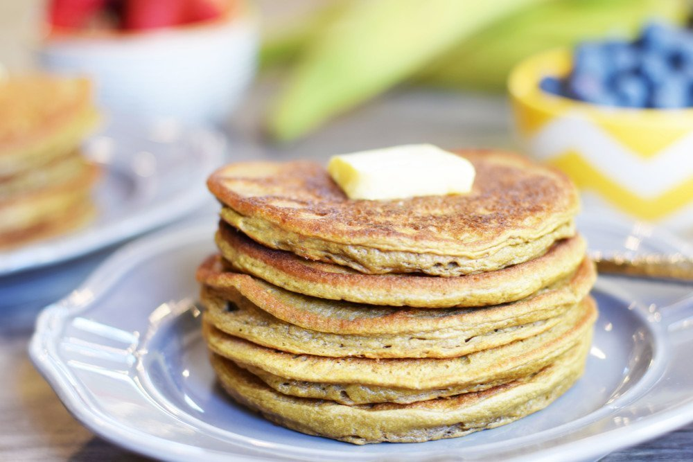 Flourless plantain pancakes living loving paleo theyre flourless incredibly easy to make and youd never guess that theyre made from just 5 ingredients ccuart Image collections