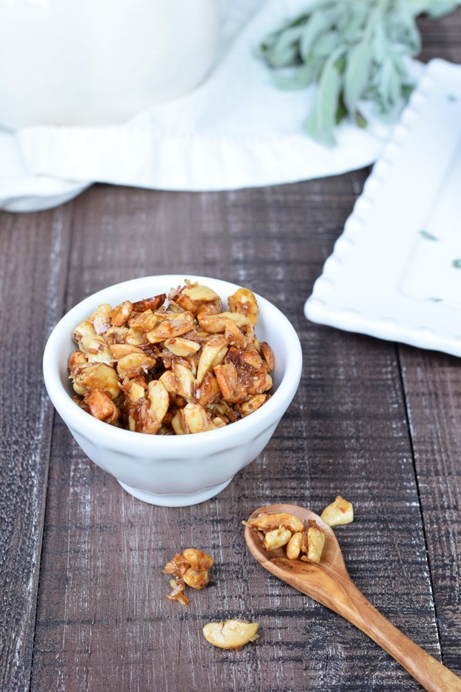 Toasted Coconut Cashews