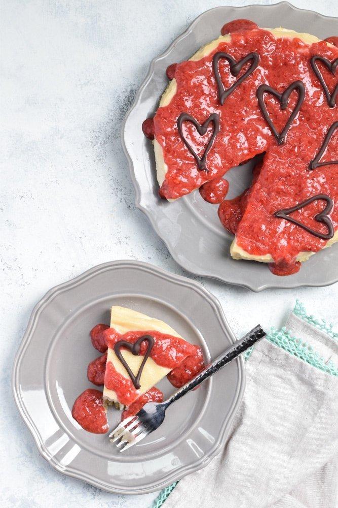 Dairy-free Strawberry Cheesecake (No-bake!)