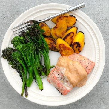 10-Minute Salmon & Veggies