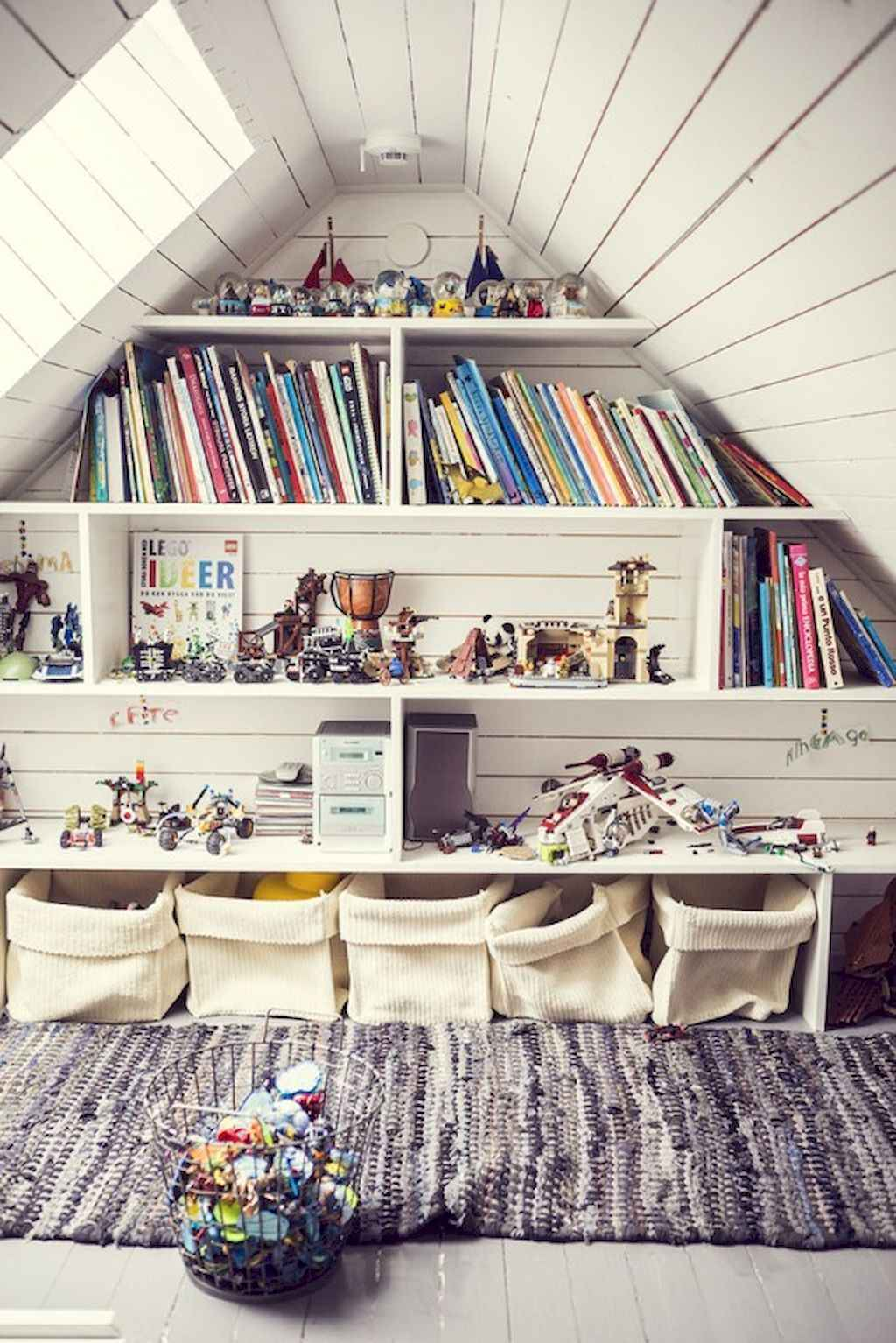 25 Stunning Home Libraries with Scandinavian