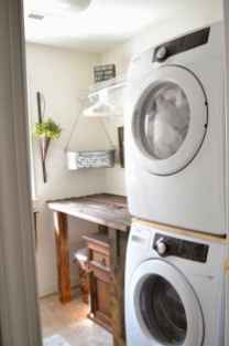 40+ beautiful rustic laundry room design ideas for your home (26)