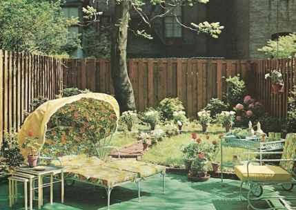50 cool vintage patio ideas (41)