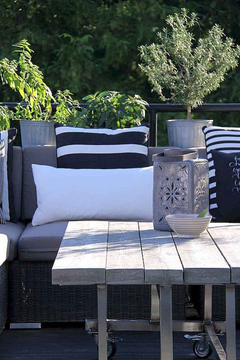 50 scandinavian porch makeover and a relaxing date night on the deck (18)