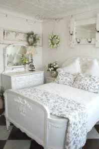 50 simply amazing vintage bedroom inspired ideas (45)
