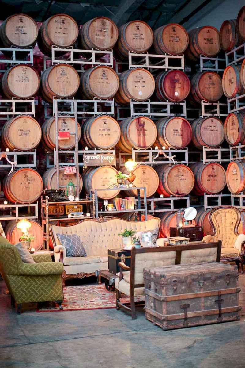 50 vintage bar decor ideas (27)