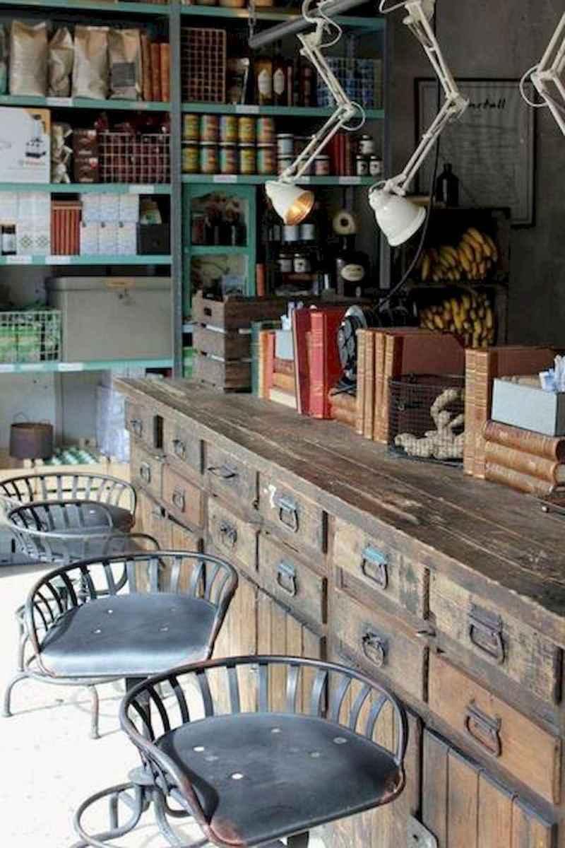 50 vintage bar decor ideas (46)