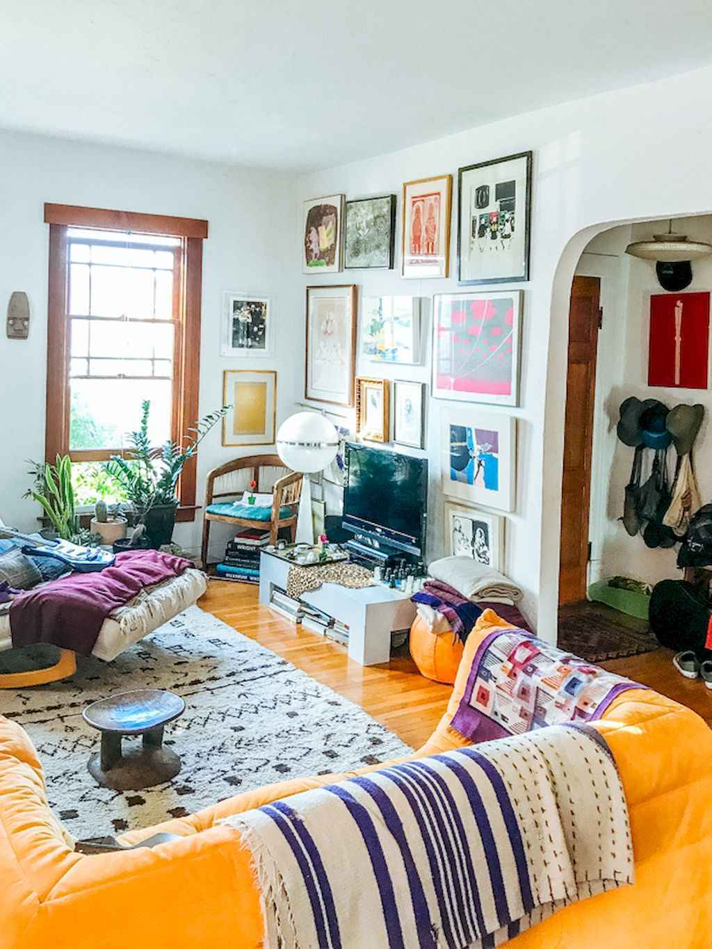 60 eclectic living room design ideas for first apartment - What is eclectic style ...