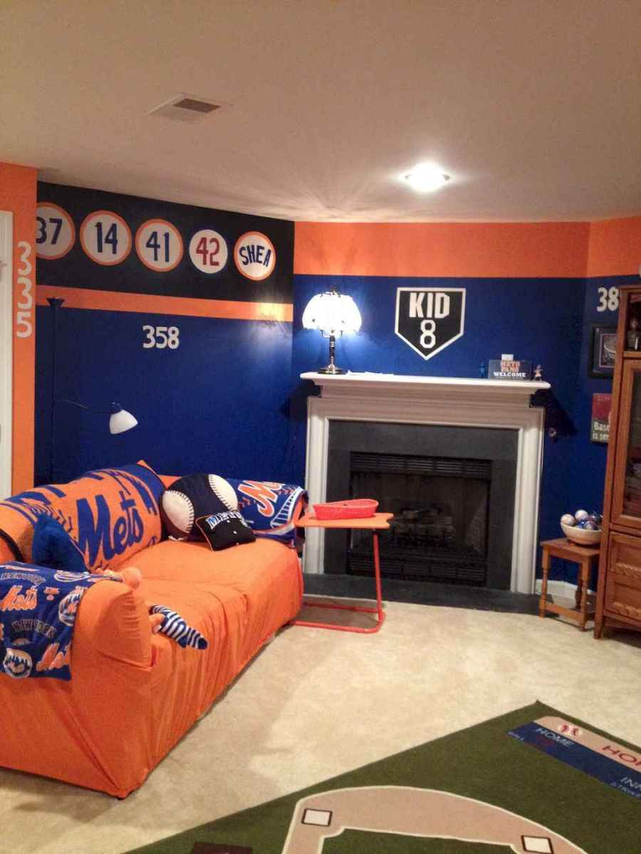 Cool sport bedroom ideas for boys (43)
