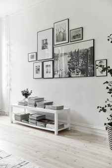 Inspired gallery wall living room (55)