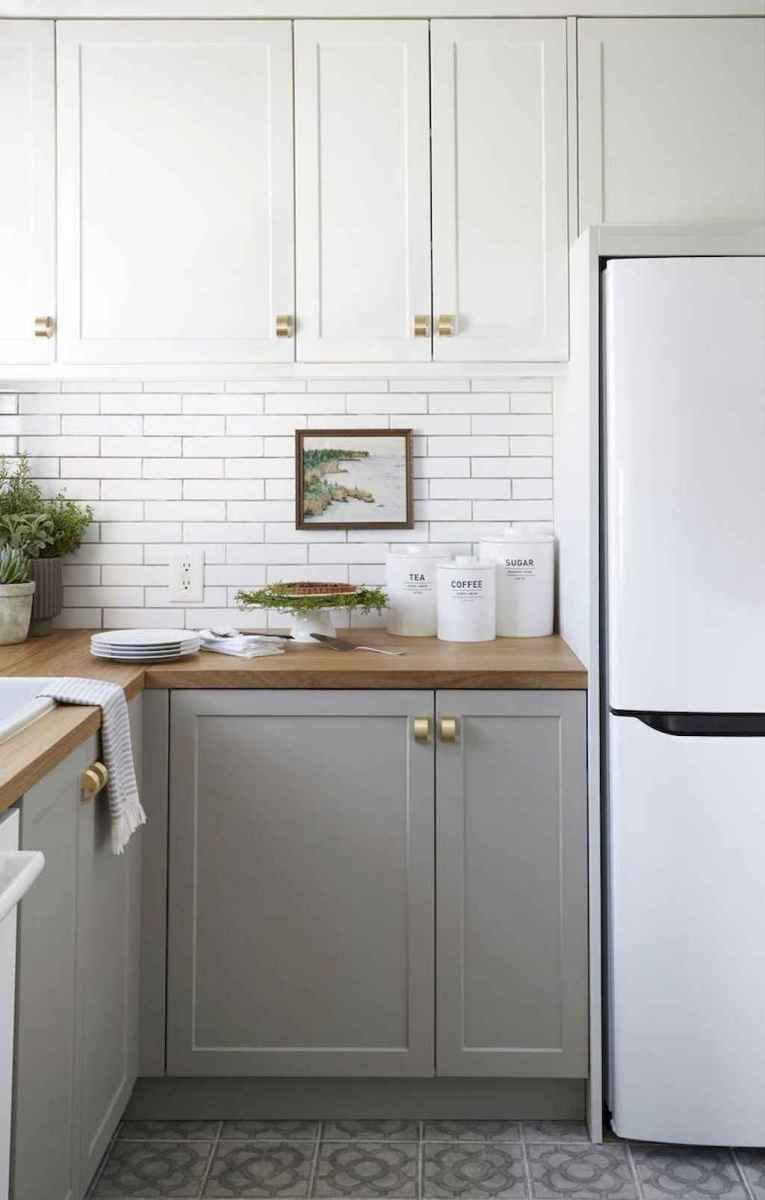 Simply apartment kitchen decorating ideas on a budget (25)