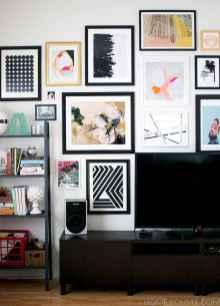 Unique tv wall living room ideas (9)
