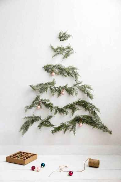 30+ diy apartment decorating christmas projects (28)