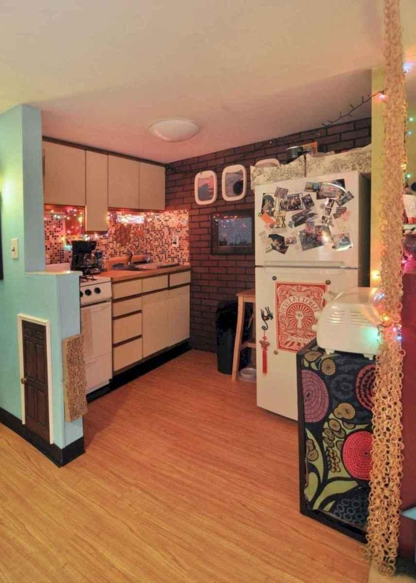 40 apartment decorating christmas lights (30)