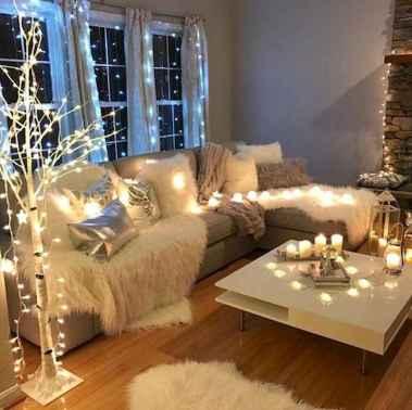 40 apartment decorating christmas lights (5)