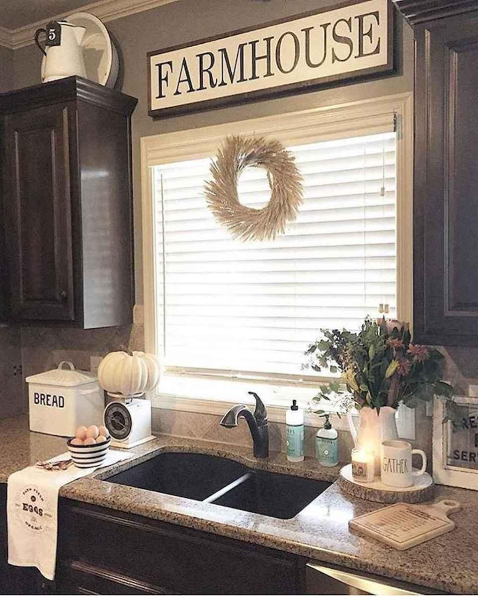 50 farmhouse kitchen decor ideas (76)