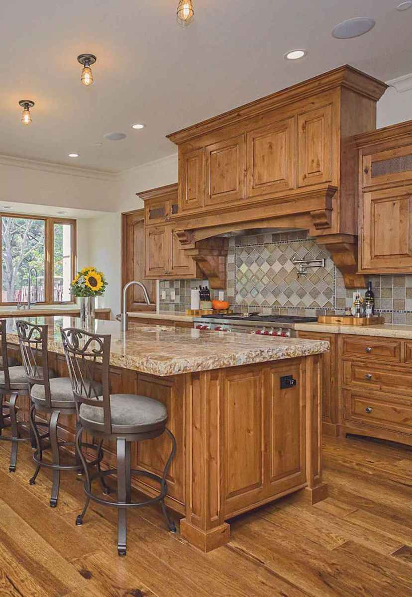 70 Tile Floor Farmhouse Kitchen Decor Ideas (1)