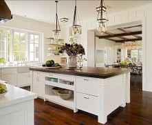 70 Tile Floor Farmhouse Kitchen Decor Ideas (62)