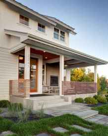 90 Modern American Farmhouse Exterior Landscaping Design (57)