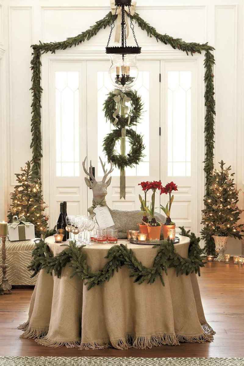 25 Elegant Christmas Party Table Decorations Ideas (11)