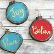 25 Gorgeous DIY Christmas Crafts Wooden Ideas (4)