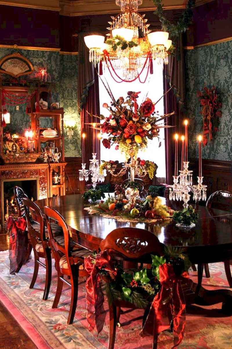 40 Awesome Christmas Dinner Table Decorations Ideas (16)