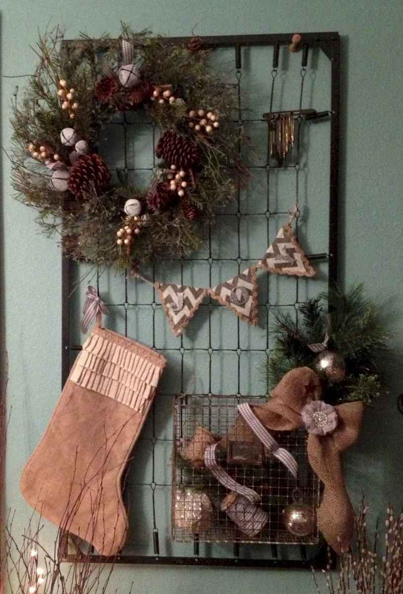 40 First Apartment Ideas Christmas Decorations Shabby Chic (16)