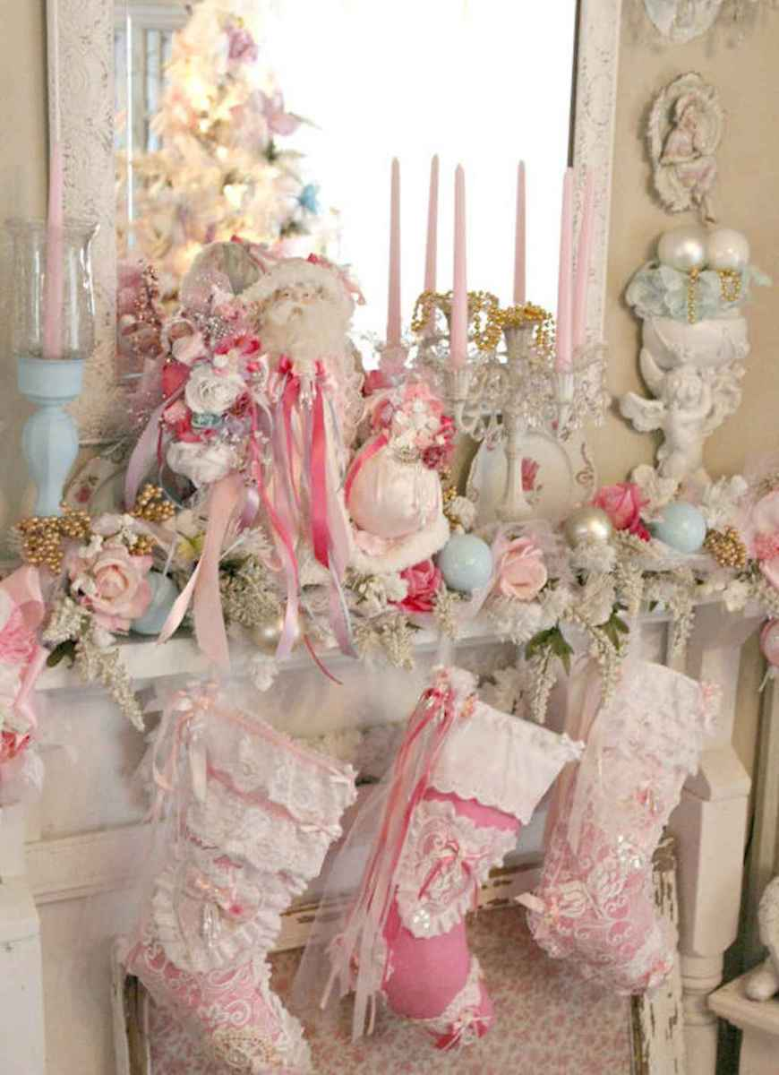 40 First Apartment Ideas Christmas Decorations Shabby Chic (2)