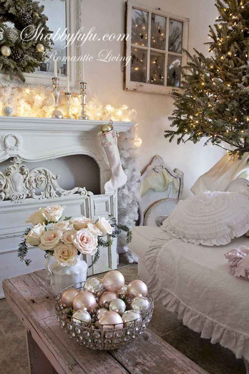 40 First Apartment Ideas Christmas Decorations Shabby Chic (20)