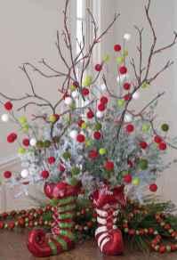 44 Stunning Christmas Decorations Mesa Centerpiece Ideas (21)