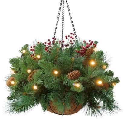45 Best Christmas Decorations Outdoor Pine Cones Ideas (40)