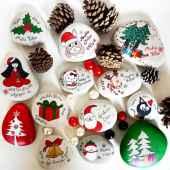 50 DIY Christmas Rock Painting Ideas (18)