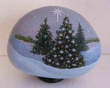 50 DIY Christmas Rock Painting Ideas (43)