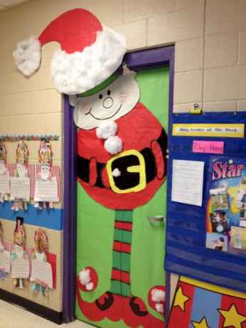 50 Simple DIY Christmas Door Decorations For Home And School (26)