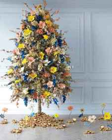 50 Stunning Modern Christmas Tree Decorations (18)
