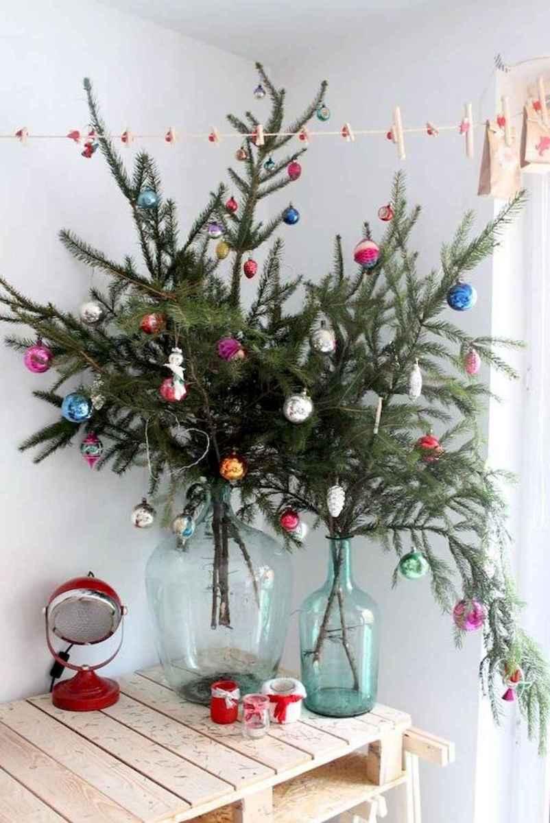 50 Stunning Modern Christmas Tree Decorations (21)