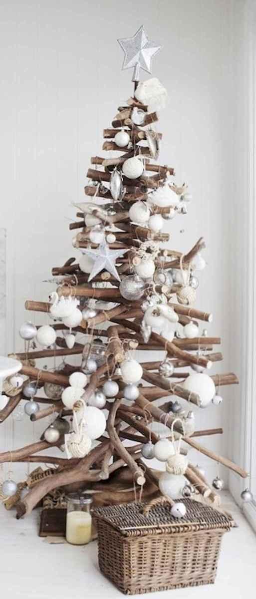 50 Stunning Modern Christmas Tree Decorations (49)