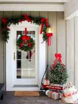 55 Front Porches Farmhouse Christmas Tree Decorations (29)