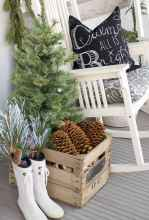 55 Front Porches Farmhouse Christmas Tree Decorations (43)