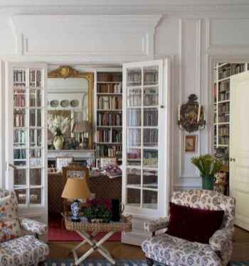 111 Beautiful Parisian Chic Apartment Decor Ideas (58)