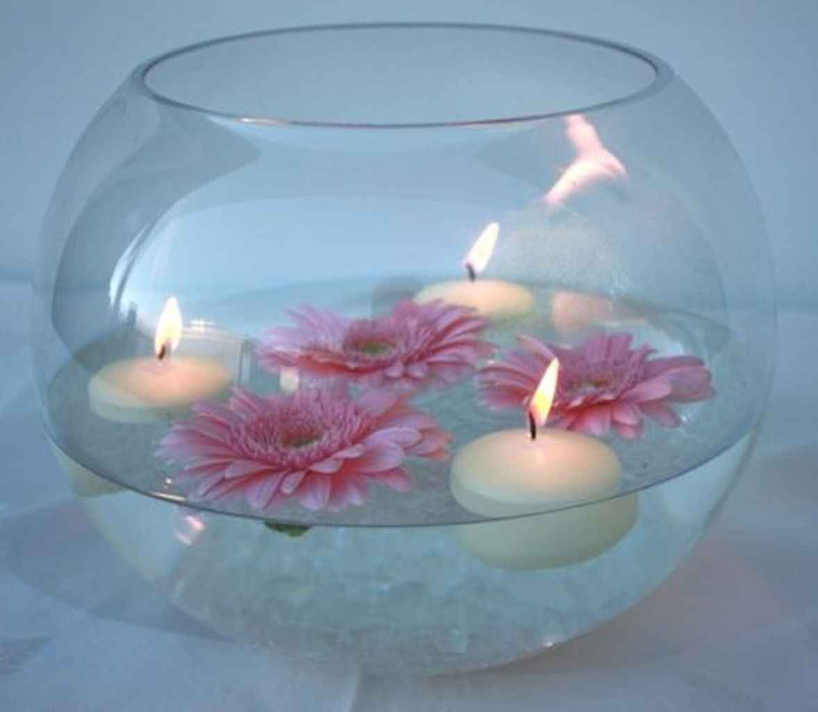 40 DIY Floating Candles Crafts Ideas (36)