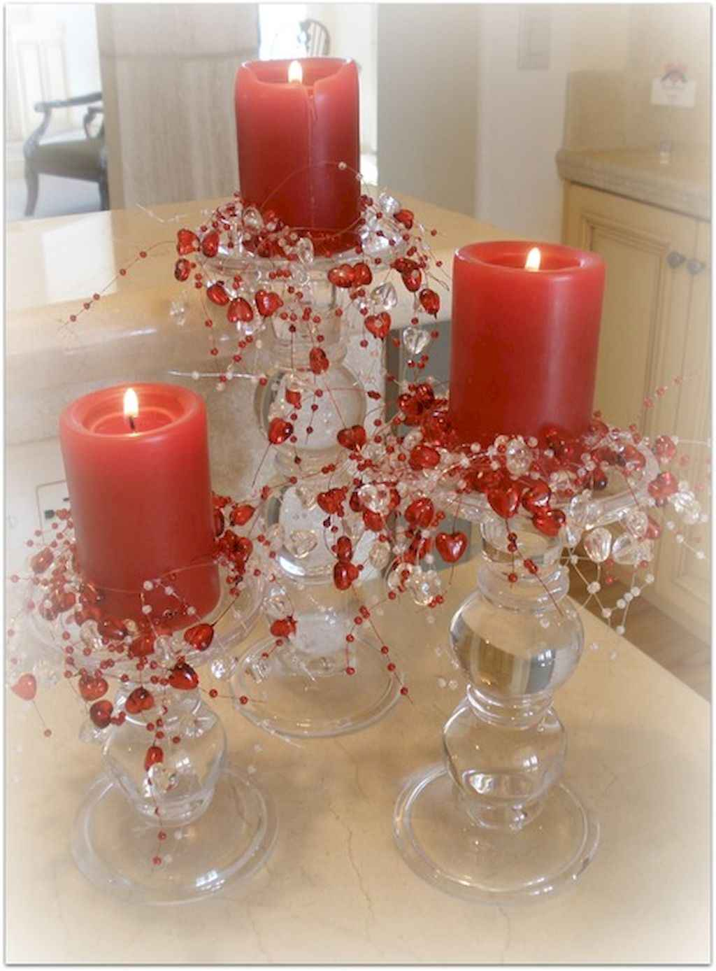 44 Romantic Valentines Party Decor Ideas (23)